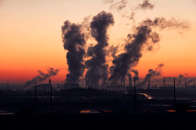 Smog A Gospodarka