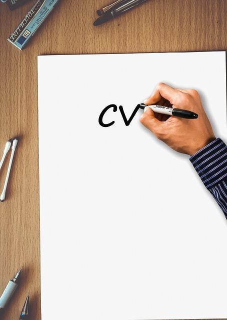 Przygotowanie Pierwszego CV